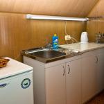кухня в номере Гармония в Алуште